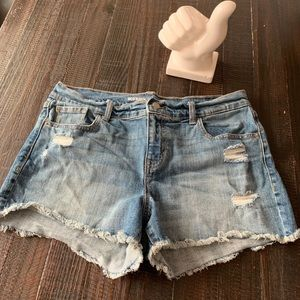 Old Navy Boyfriend cut-off Jean Shorts